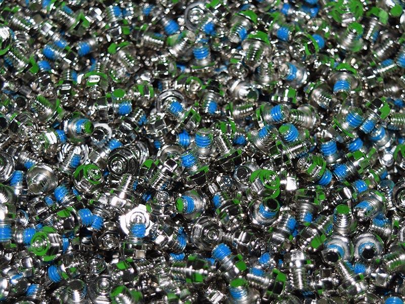 Squidworx stainless steel pins
